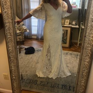 BLHDN Wedding Gown Size 8